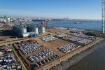 Foto #66115 - Aerial photo of the port. Silos and imported vehicles