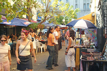 Perez Castellano pedestrian street - Photos of the Old City - Department and city of Montevideo - URUGUAY. Image #9755