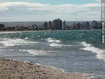 Puerto Madryn in Golfo Nuevo - Photographs of Puerto Madryn - Province of Chubut - ARGENTINA. Image #3058