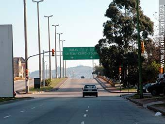 Entrance to the west highway. - Photos of Capurro - Department and city of Montevideo - URUGUAY. Image #3823