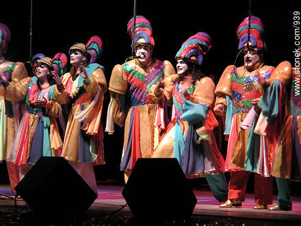 Photos of Carnival Groups Contest - Department and city of Montevideo - URUGUAY. Image #939