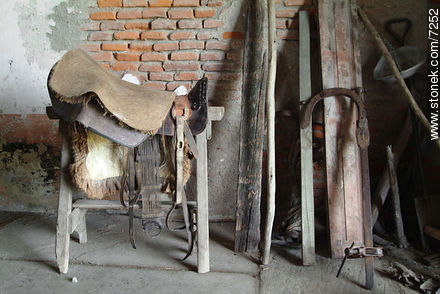 Saddle in a shed. - Photos of the Uruguayan Countryside - URUGUAY. Image #7252
