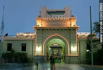Punta Carretas Shopping - Photos of shopping malls - Department and city of Montevideo - URUGUAY. Image #2638