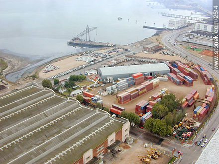 Porta area from the Antel tower - Photos of the Port area - Department and city of Montevideo - URUGUAY. Image #2514