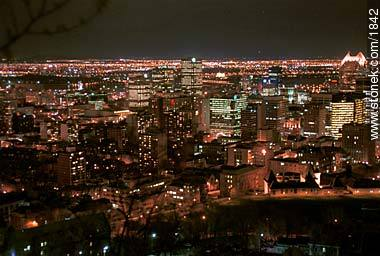 From Mont Royal. - Photographs of Montreal - USA-CANADA. Image #1842