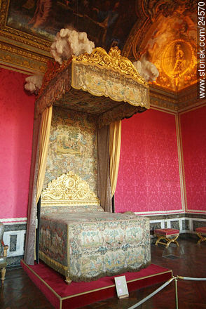 Photos of Versailles Palace and surroundings - Paris - FRANCE. Image #24570