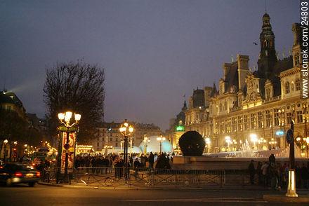 - Photos of the Paris City Hall - Hôtel de Ville - Paris - FRANCE. Image #24803