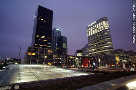 - Photos of the area of La Défense - Paris - FRANCE. Image #25022