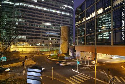 - Photos of the area of La Défense - Paris - FRANCE. Image #25028
