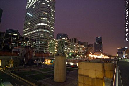 - Photos of the area of La Défense - Paris - FRANCE. Image #25034