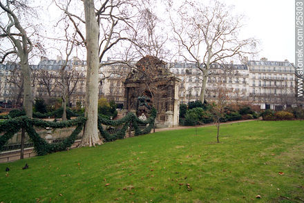 Photos of the Gardens of Luxembourg - Paris - FRANCE. Image #25303