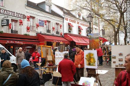 Photos of Montmarte, Basilica of Sacret Heart - Sacre Coeur, Moulin Rouge, etc. - Paris - FRANCE. Image #25831