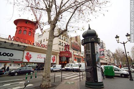 Moulin Rouge - Photos of Montmarte, Basilica of Sacret Heart - Sacre Coeur, Moulin Rouge, etc. - Paris - FRANCE. Image #25844