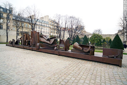 Photos of other museums like Rodin, Carnavalet, etc.. - Paris - FRANCE. Image #26125