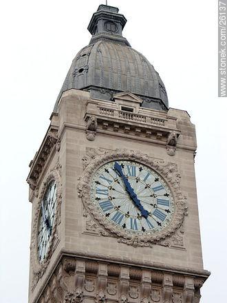 Photos of  Lyon Station (Gare de Lyon) - Paris - FRANCE. Image #26137