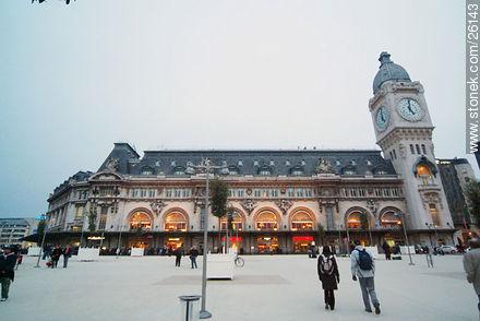 Photos of  Lyon Station (Gare de Lyon) - Paris - FRANCE. Image #26143
