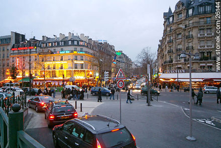 Photos of  Lyon Station (Gare de Lyon) - Paris - FRANCE. Image #26144