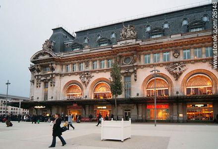 Photos of  Lyon Station (Gare de Lyon) - Paris - FRANCE. Image #26148