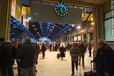 Photos of  Lyon Station (Gare de Lyon) - Paris - FRANCE. Image #26152