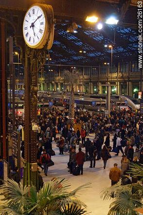 Photos of  Lyon Station (Gare de Lyon) - Paris - FRANCE. Image #26163