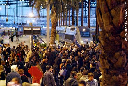 Photos of  Lyon Station (Gare de Lyon) - Paris - FRANCE. Image #26171