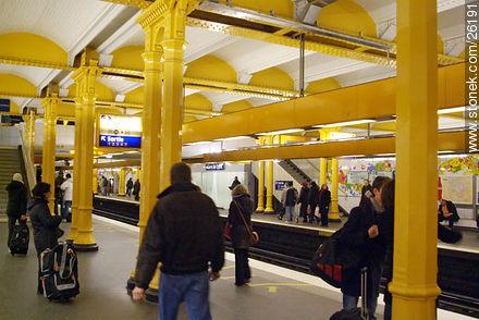Photos of  Lyon Station (Gare de Lyon) - Paris - FRANCE. Image #26191