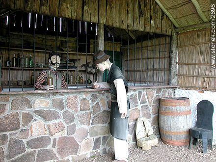 Recreation of a local store. *Pulperia*. - Photos of San Miguel fortress - Department of Rocha - URUGUAY. Image #2696