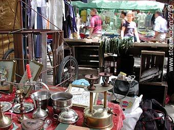 Photos of the Market Fair in Tristan Narvaja street - Department and city of Montevideo - URUGUAY. Image #2793